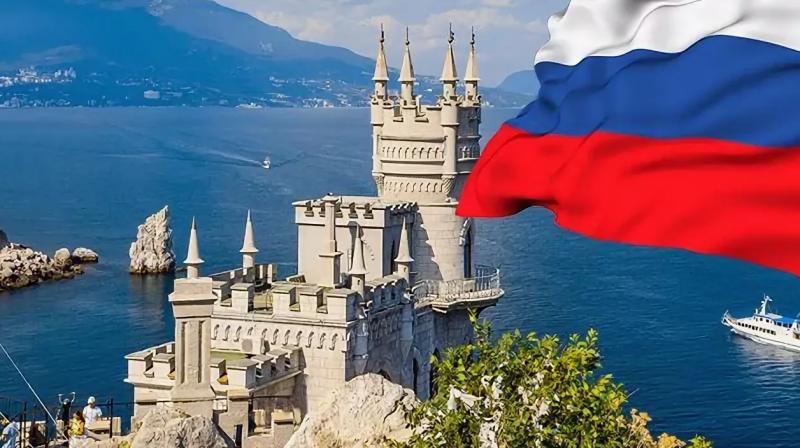 В Крыму Зеленского одернули: мы не дети Украины, Россия – наша Родина