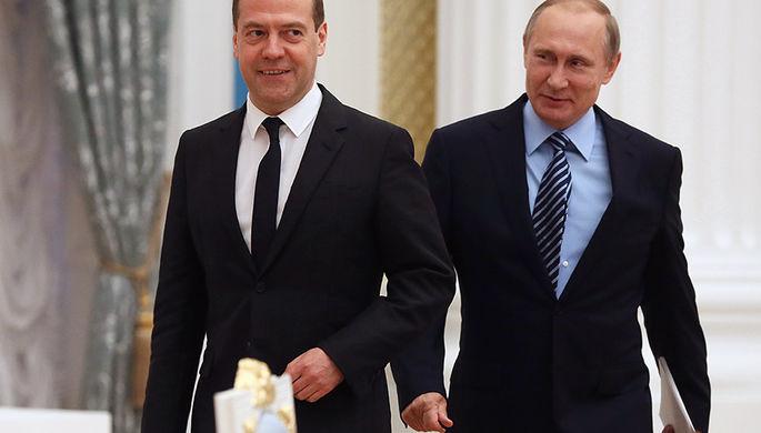 Лучше и быть не может: Путин отметил заслугу Медведева в работе кабмина