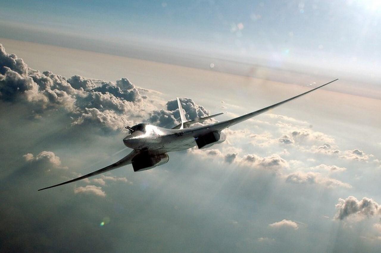 Дальняя авиация ВКС РФ вышла на политическую арену