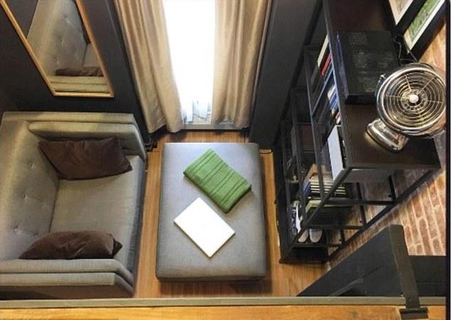 Как уместить кухню, спальню и рабочий кабинет на 14 квадратных метрах