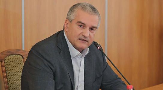 """Аксенов пообещал помочь в покупке сейнера для рыбаков, лишившихся """"Норда"""""""