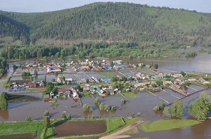 На соцподдержку пострадавшим от наводнения в Иркутской области выделят 3 млрд рублей