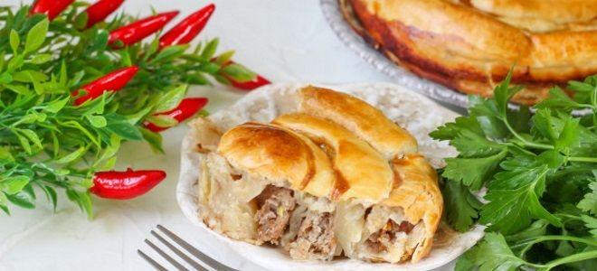 мясной пирог улитка