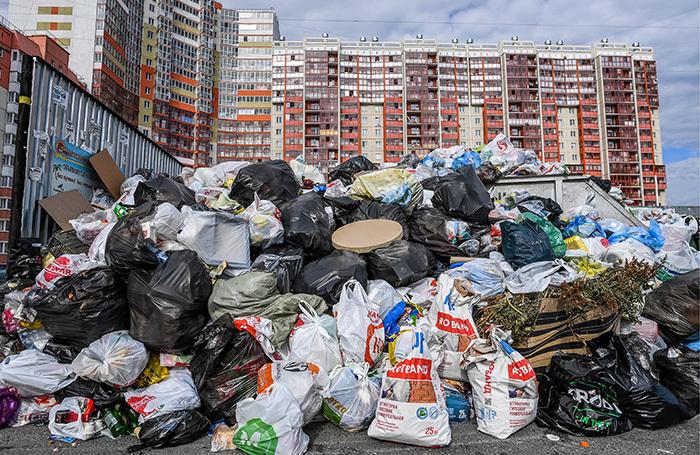 Деньги на мусор. Россияне заплатят 180 млрд рублей в год за вывоз отходов?