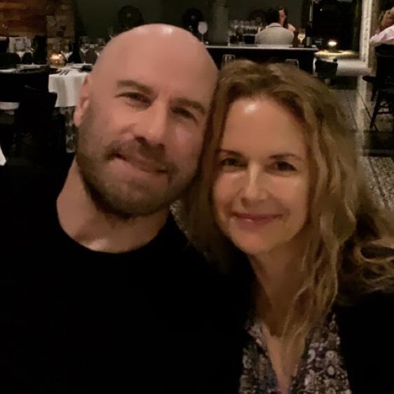 Почти 30 лет вместе. Как сегодня выглядит супруга Джона Траволты