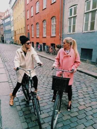 розовое пальто-оверсайз