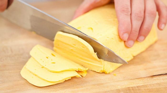 Домашний твердый сыр по супер легкому рецепту