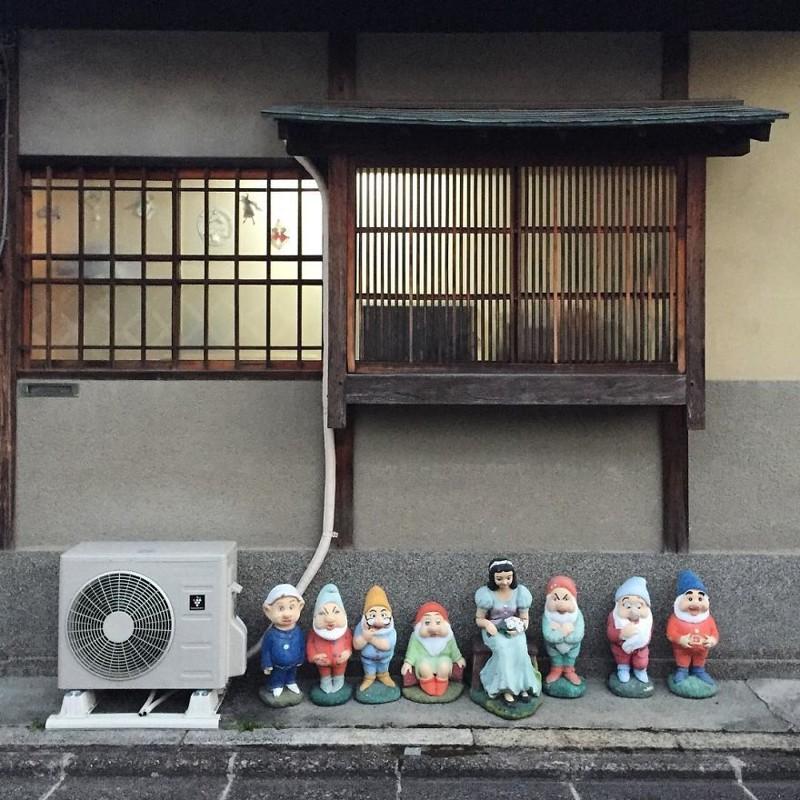 Белоснежка и ее друзья архитектура, дома, здания, киото, маленькие здания, местный колорит, фото, япония