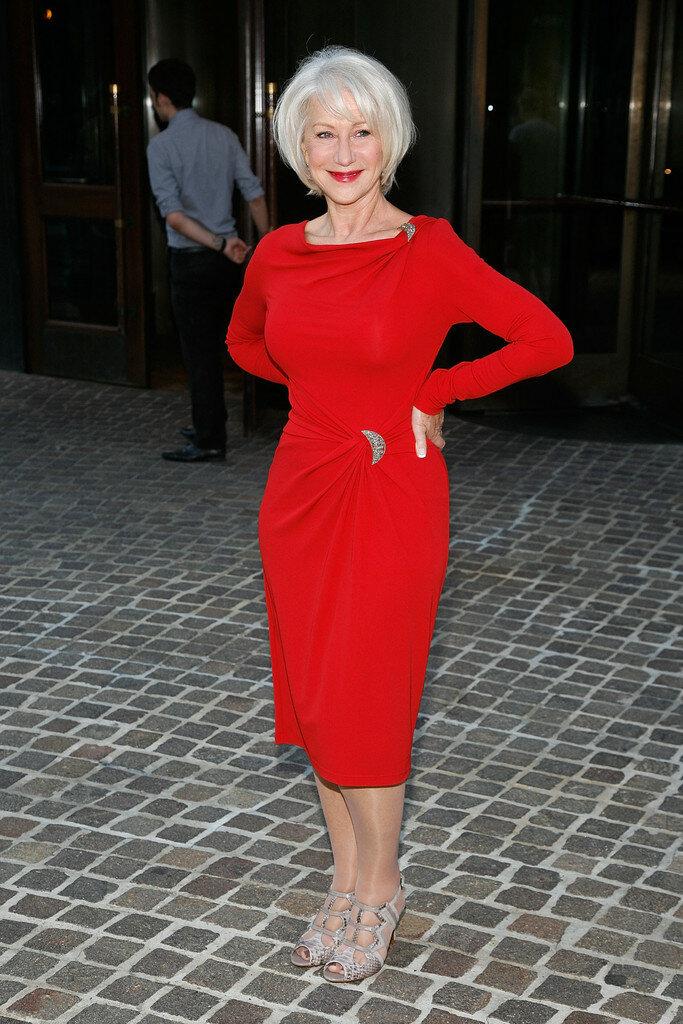 Коктейльное красное платье. /Фото: pictures.zimbio.com