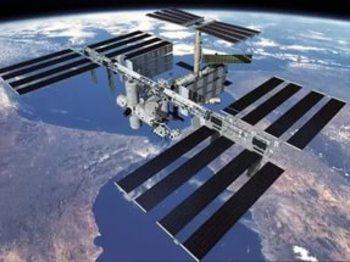 С МКС сбросили не сработавшую солнечную батарею NASA