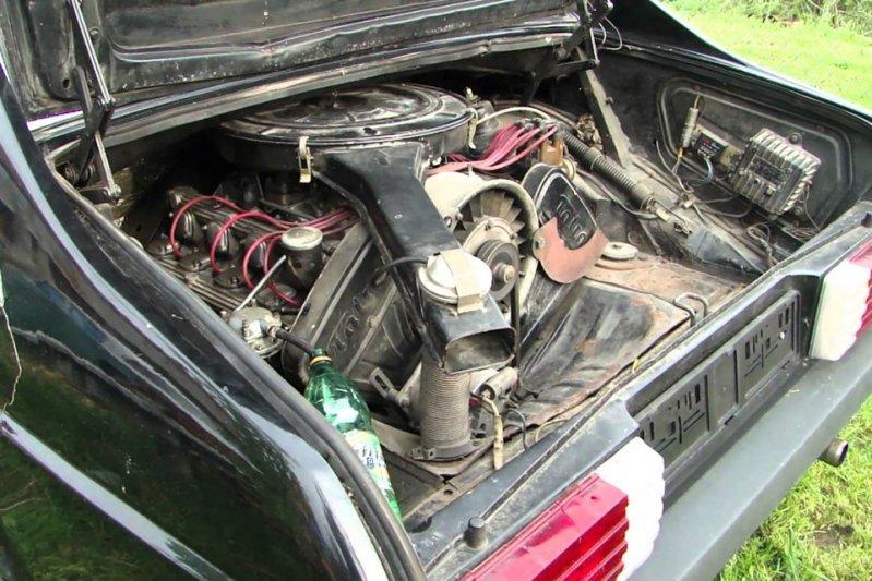 Автомобиль оснащался 3,5-литровым бензиновым V8 мощностью 165 сил. Позже агрегат был доработан, количество «лошадей» возросло до двух сотен, а максимальная скорость – до 230 км/ч. заднемоторная компоновка, седан
