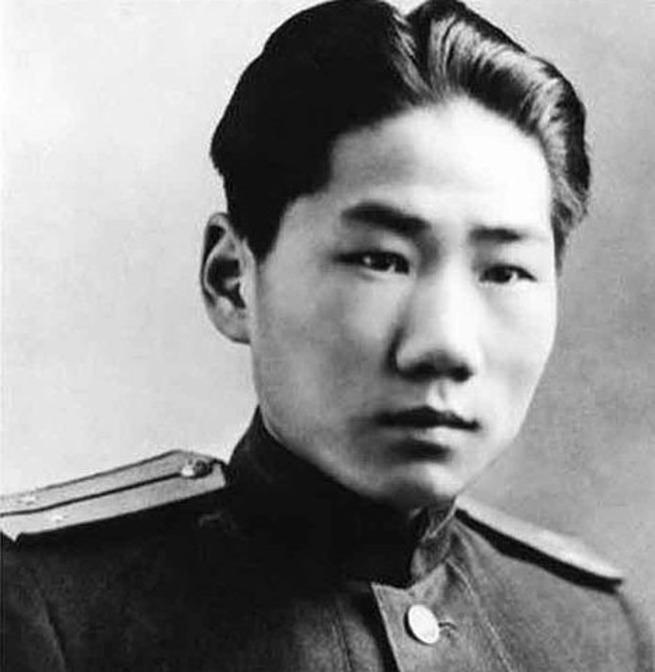 Сын Мао Дзедуна в рядах Красной Армии прошел с боями Польшу и Чехословакию. Войну закончил в Берлине