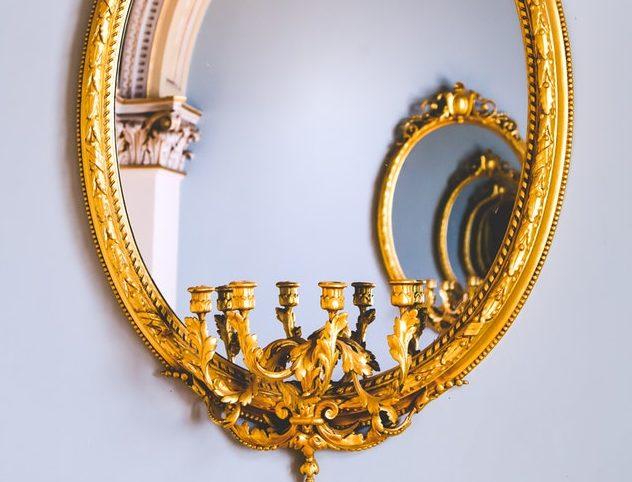 Зеркало в доме: где нужно вешать и о чем важно помнить
