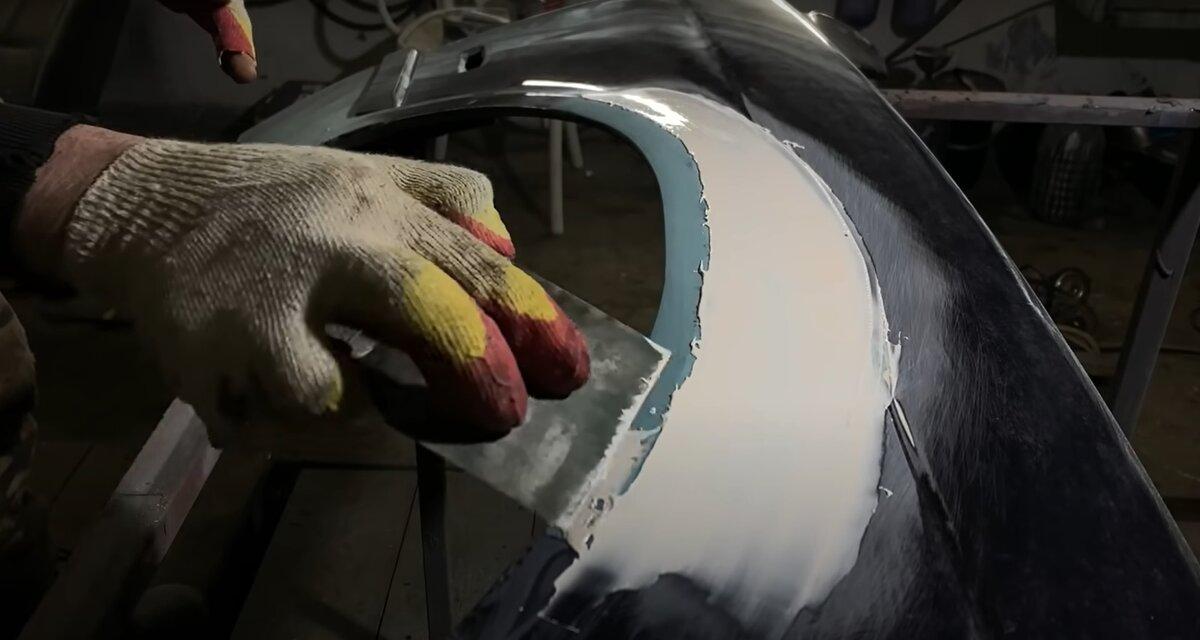Автомаляр поделился хитростью ремонта сквозных отверстий на кузове автомобиля без сварки можно, ржавчины, конструкцию, коррозии, зависит, отверстие, убрать, результата, каждому, поверхность, отверстия, стеклоткань, обычную, использовать, этапе, также, отводя, высыхание, сторон, минут