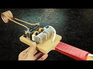 Инструмент разогревает ржавые гайки без огня