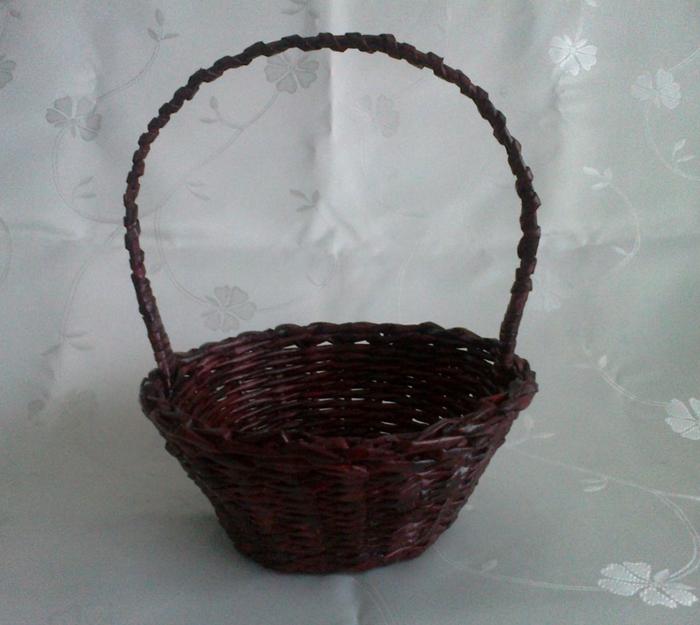 Мастер-класс по плетению корзинки из газетных трубочек (13) (700x625, 274Kb)