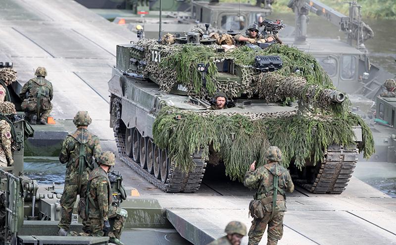 НАТО готовит для России «прибалтийский фронт»
