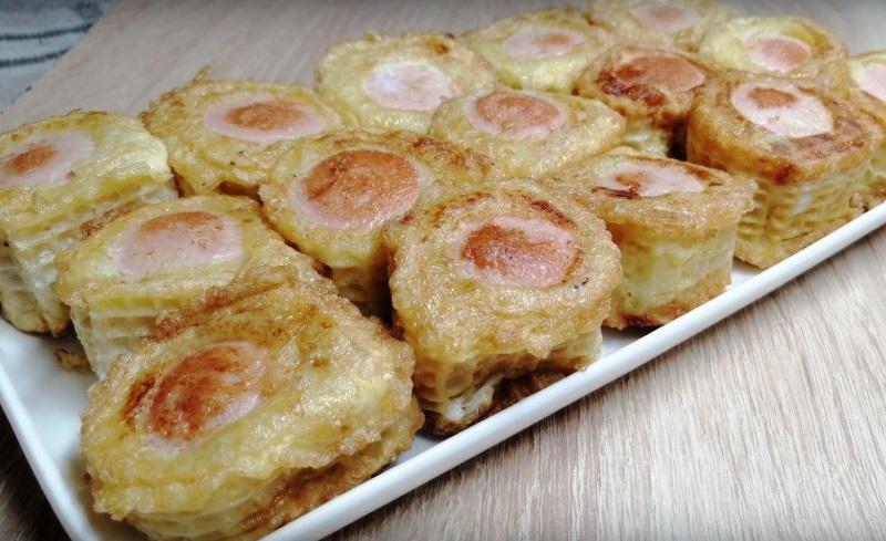 быстрые пирожки с сосиской
