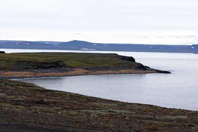 Архипелаг особого назначения       На Новой Земле создавался ядерный щит Родины