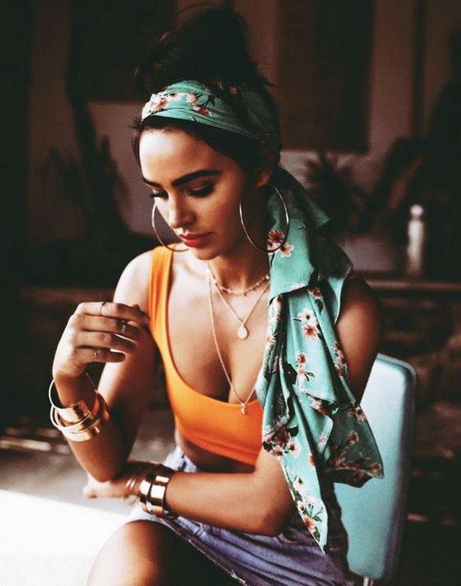 Невероятно модный тренд Instagram и уличной моды – платок в волосах