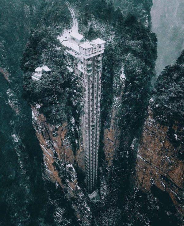 Лифт Ста Драконов — самый высокий внешний лифт в мире!