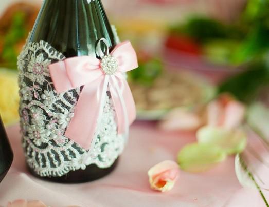 Как оформить бутылки с шампа…