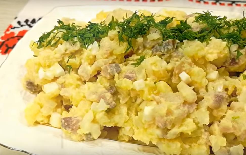 Салат - закуска из сельди по-литовски