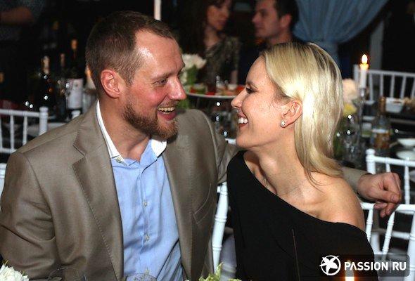 Елена Летучая не хочет терять фамилию после замужества