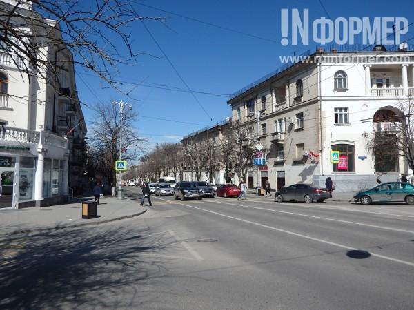 Блеск и нищета главной улицы…