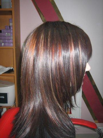 Стрижка каскад с мелированием на длинные волосы
