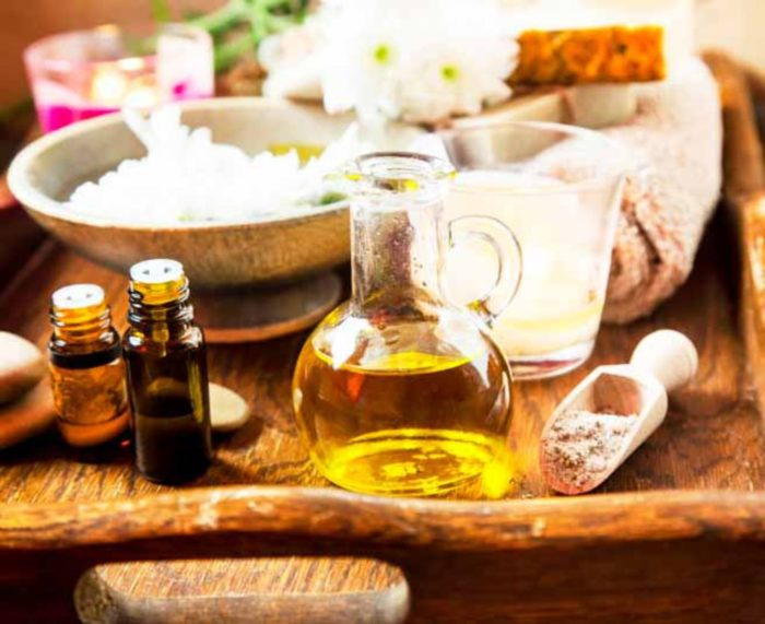 Medecine-ayurvedique-bien-choisir-son-huile-de-massage-selon-son-dosha_width1024