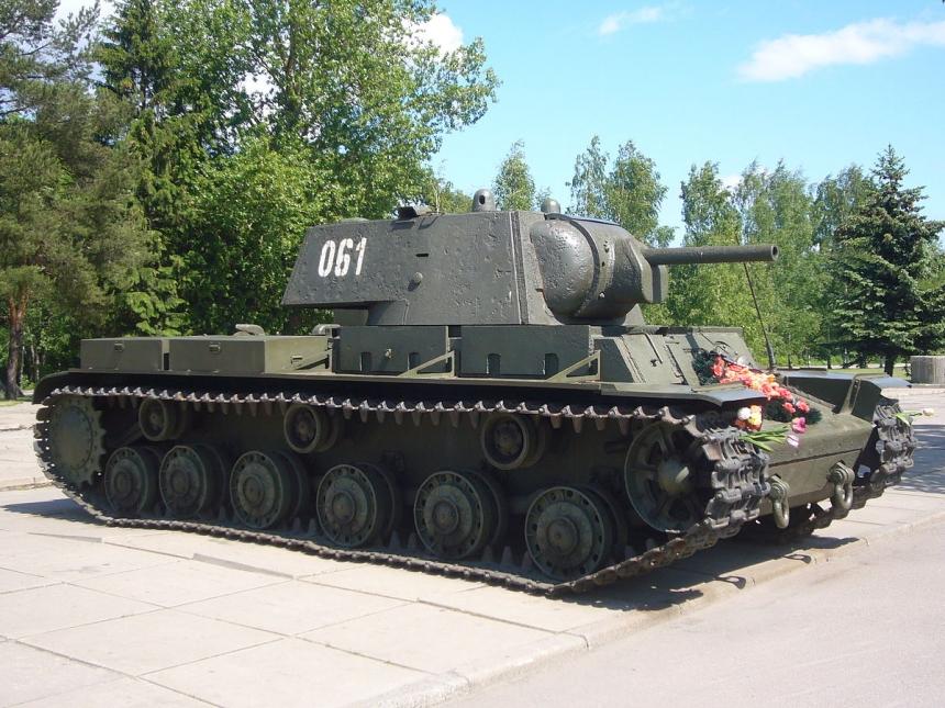NI: Почему советский танк КВ-1 не смог войти в историю. Подвиг экипажа танка КВ-1 под Расейняем 24 июня 1941 года