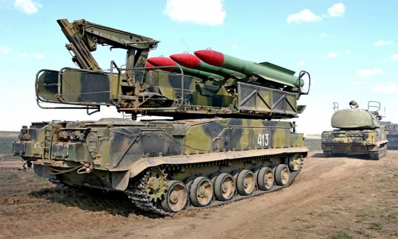 """Зенитно-ракетный комплекс """"Б…"""