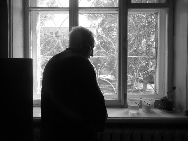 Постоянная усталость или жизнь с стариками в одной квартире
