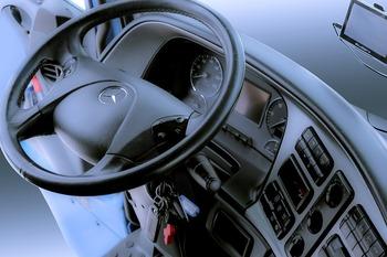 В России выросло число ДТП по вине водителей грузовиков и автобусов