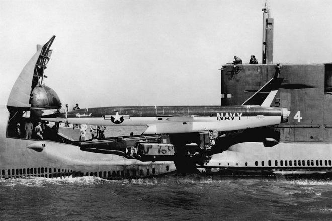 Секретный подводный авианосец американской армии