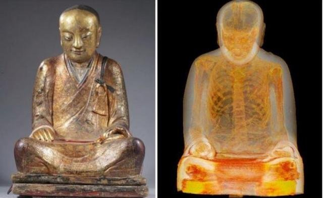 Тысячелетняя мумия монаха