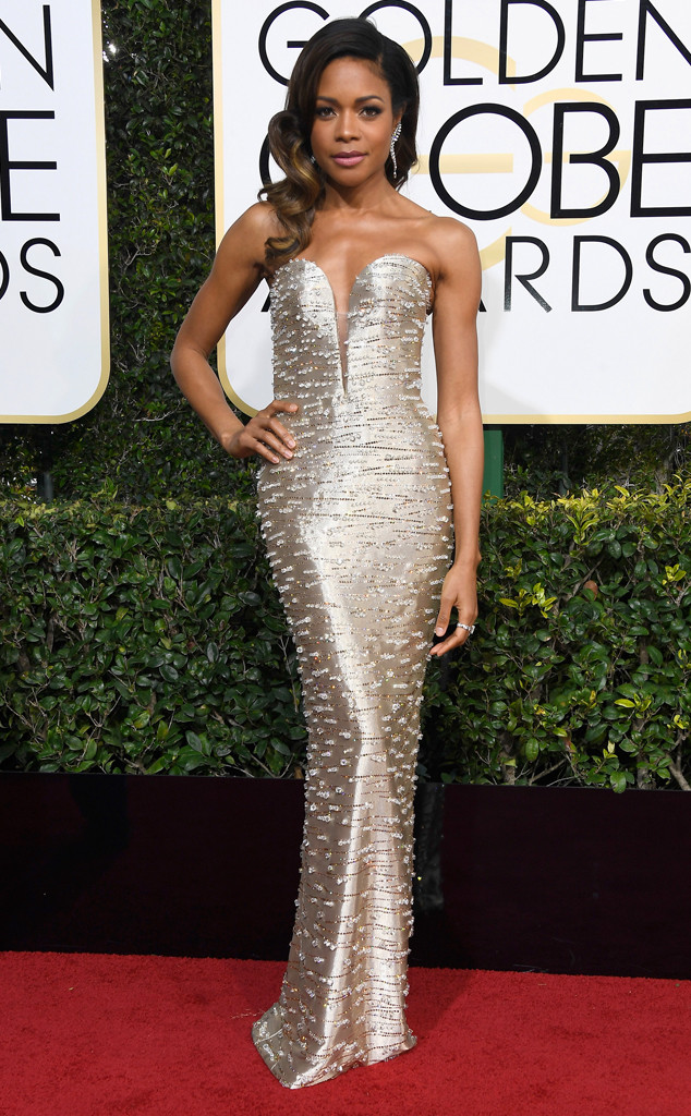Naomie Harris In Armani Privé Golden Globes 2017