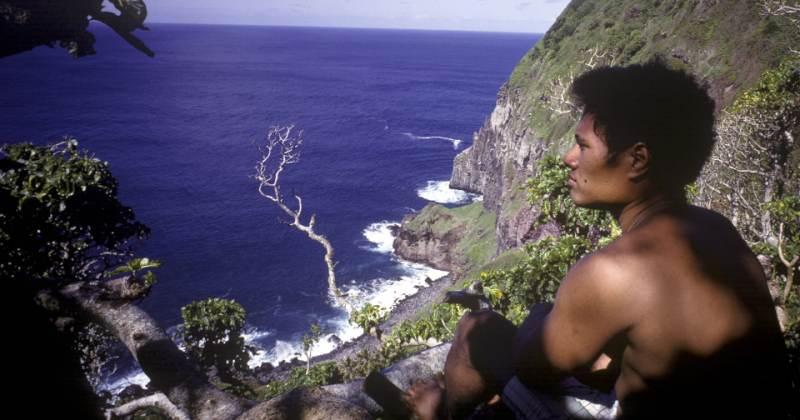 Дети прожили нанеобитаемом острове больше года, посрамив автора «Повелителя мух»