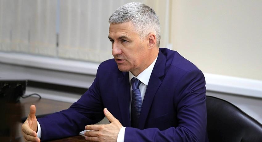 Глава Карелии Артур Парфенчи…
