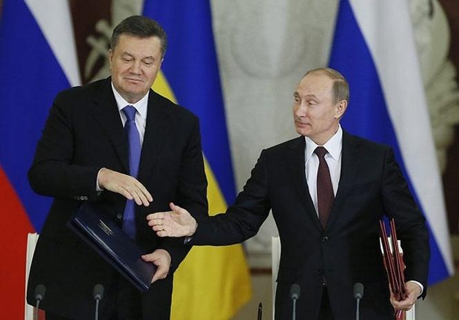 Украину обязали выплатить 3 млрд. долларов России