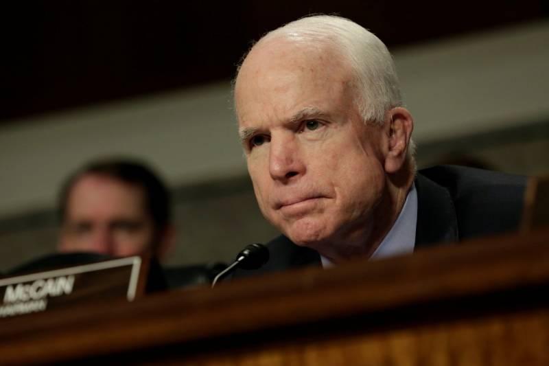 Маккейн: Путин должен заплатить большую цену за Украину