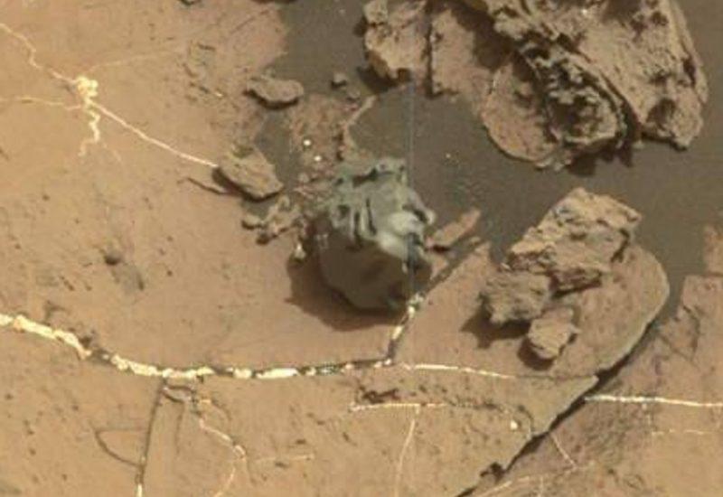 Curiosity обнаружил на Марсе необычный метеорит