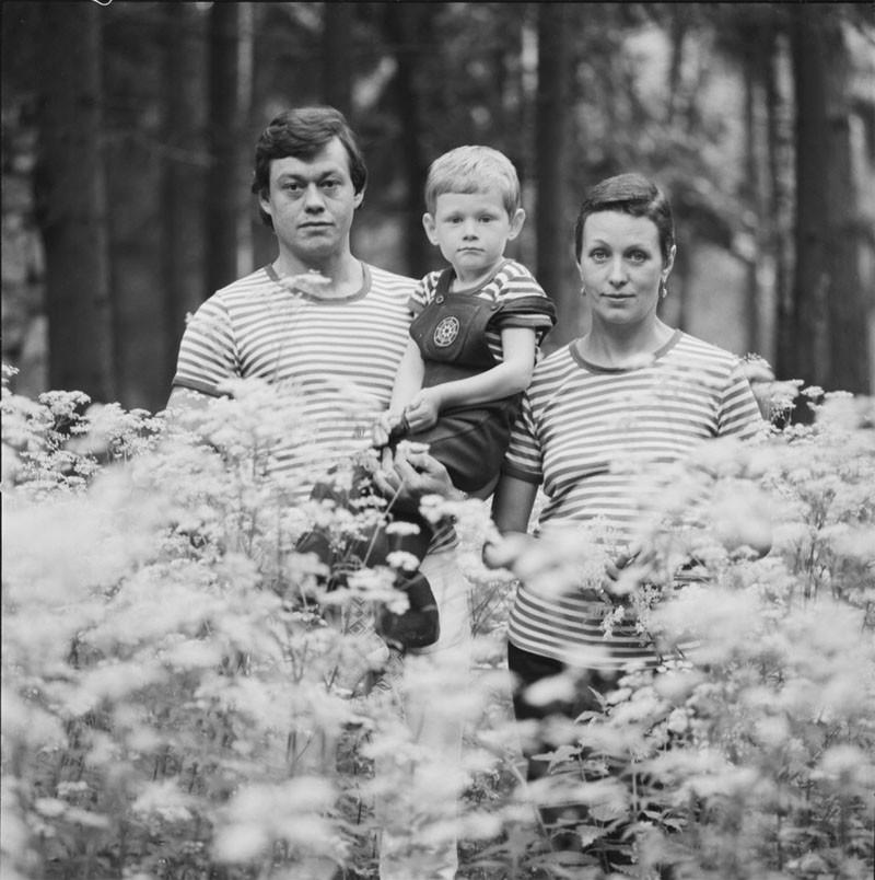 Фото знаменитостей в кругу семьи из домашних архивов
