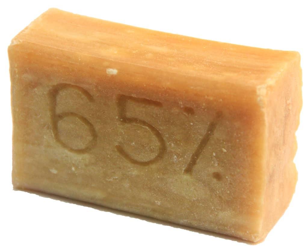 Мыло вступает в активную борьбу с паром и конденсатом. /Фото: i.pinimg.com