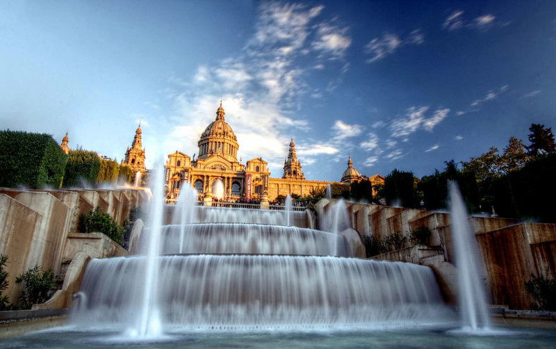 Фонтан перед дворцом Монтжуик, Барселона, Испания город, достопримечательность, интересное, мир, подборка, страна, фонтан, фото