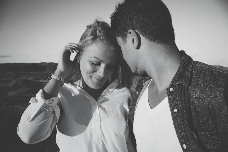 Как влюбляется мужчина: Инструкция для женщин