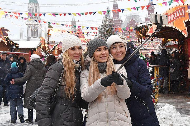 Бесплатные экскурсии на Масленицу в центре Москвы: Арбатские дворики, дом Мельникова и Елисеевский гастроном