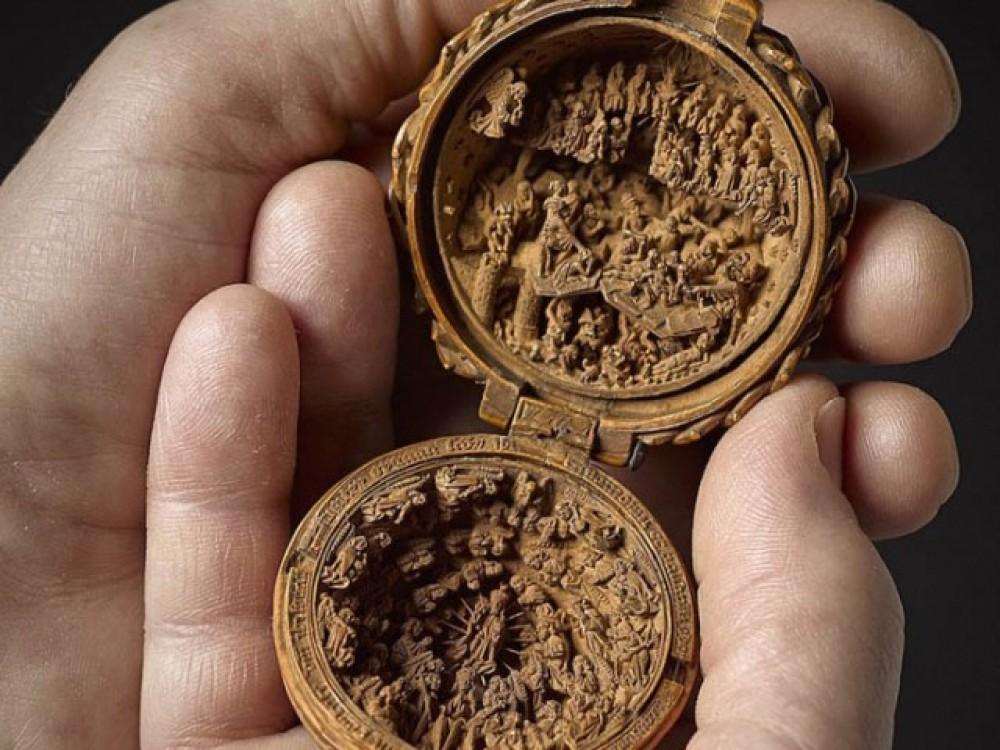 Загадка изготовления миниатюрных алтарей