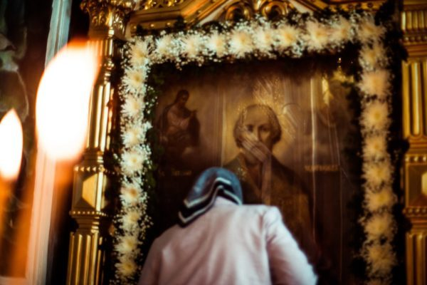 Развенчиваем мифы о мощах и святителе Николае
